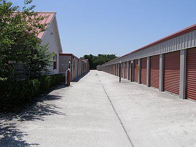 United Self Mini Storage - Clearwater 5190 Ulmerton Rd Clearwater, FL - Photo 3