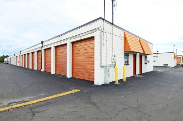 Storage Zone - Jacksonville 6299 Powers Avenue Jacksonville, FL - Photo 9