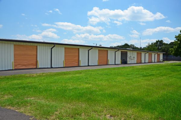 Storage Zone - Hannon Mill 3927 Crawfordville Rd Tallahassee, FL - Photo 6