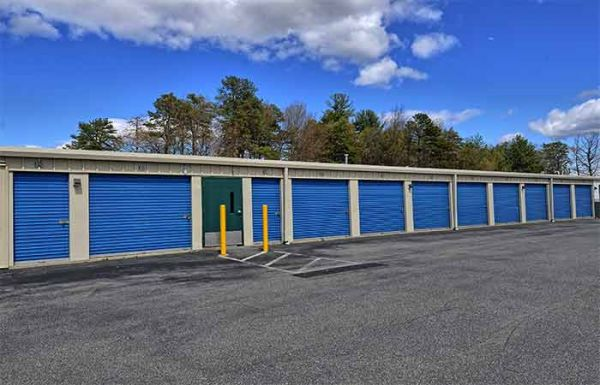 RightSpace Storage - Amherst 6 Caldwell Drive Amherst, NH - Photo 3