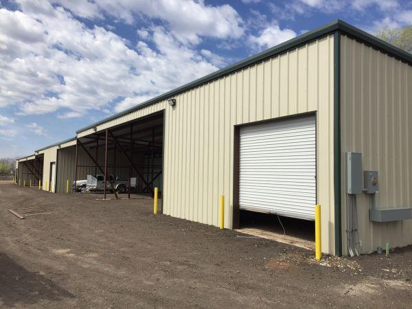 Store In A Wink 4825 North Hydraulic Avenue Park City, KS - Photo 1