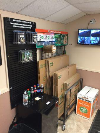 Store In A Wink 4825 North Hydraulic Avenue Park City, KS - Photo 5