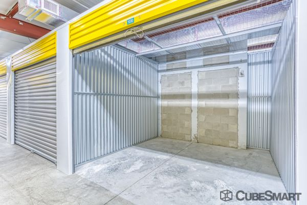 CubeSmart Self Storage - Saint Petersburg - 2501 22nd Ave N 2501 22nd Avenue North Saint Petersburg, FL - Photo 5