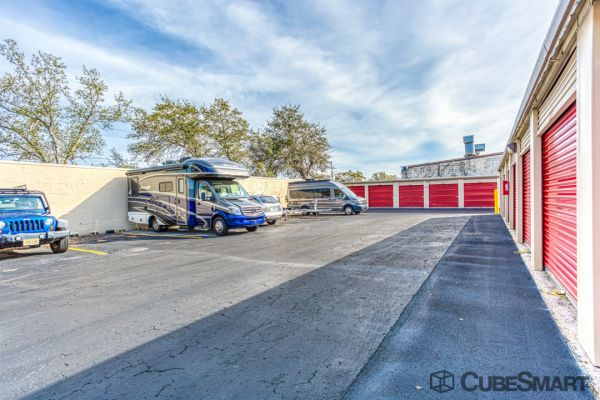 CubeSmart Self Storage - Saint Petersburg - 2501 22nd Ave N 2501 22nd Avenue North Saint Petersburg, FL - Photo 6