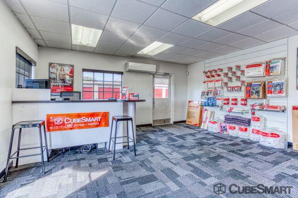 CubeSmart Self Storage - Saint Petersburg - 2501 22nd Ave N 2501 22nd Avenue North Saint Petersburg, FL - Photo 8