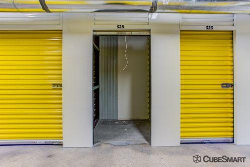 CubeSmart Self Storage - Benbrook 8510 Benbrook Boulevard Benbrook, TX - Photo 5