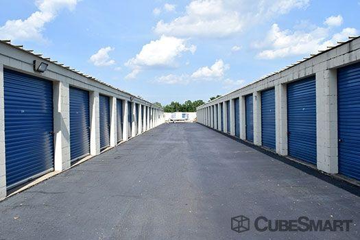 cubesmart self storage greenville 25 airview dr lowest rates. Black Bedroom Furniture Sets. Home Design Ideas