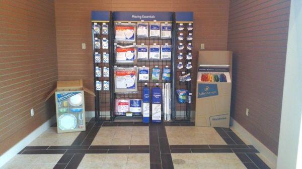 Life Storage - Torrance - West 190th Street 4320 West 190th Street Torrance, CA - Photo 6
