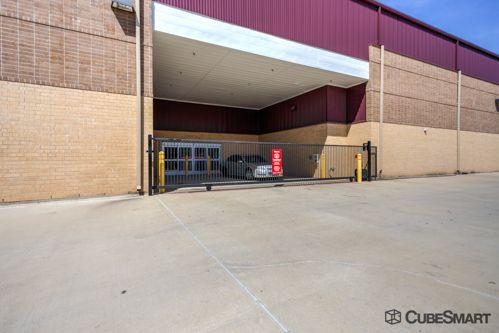 CubeSmart Self Storage - Grapevine 2105 Ira E Woods Avenue Grapevine, TX - Photo 5