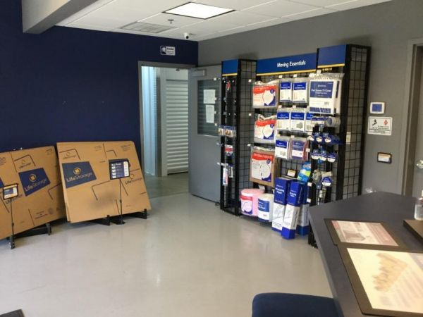 Life Storage - Atlanta - Crown Pointe Parkway 1274 Crown Pointe Parkway Dunwoody, GA - Photo 7