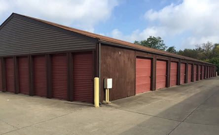 Euclid Self Storage- 1382 East 276th Street 1381 East 276th Street Euclid, OH - Photo 2