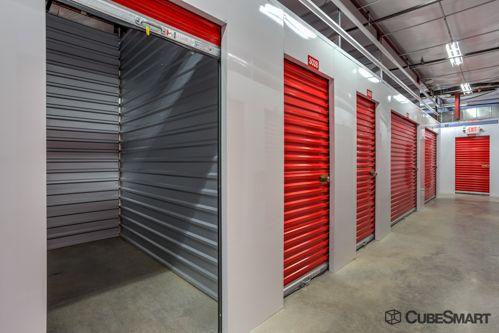 CubeSmart Self Storage - Fort Worth - 2721 White Settlement Rd 2721 White Settlement Rd Fort Worth, TX - Photo 2