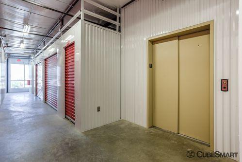 CubeSmart Self Storage - Fort Worth - 2721 White Settlement Rd 2721 White Settlement Rd Fort Worth, TX - Photo 3