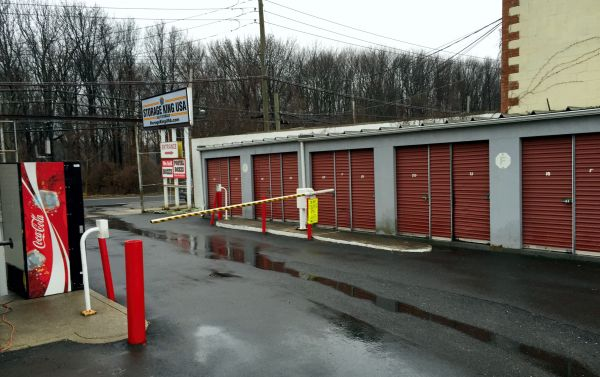 Storage King USA - Staten Island 3511 Victory Boulevard Staten Island, NY - Photo 3