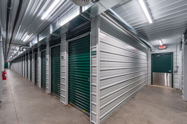 National Storage Centers - Alpine 4000 Alpine Avenue Northwest Comstock Park, MI - Photo 3