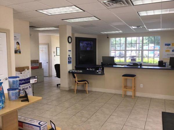 Life Storage - Port Saint Lucie - Northwest Peacock Boulevard 420 Northwest Peacock Boulevard Port Saint Lucie, FL - Photo 1
