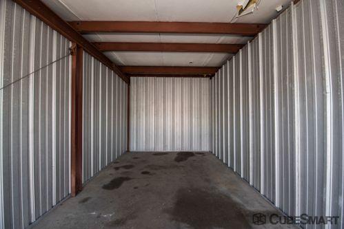CubeSmart Self Storage - Waterbury - 770 West Main Street 770 West Main Street Waterbury, CT - Photo 4