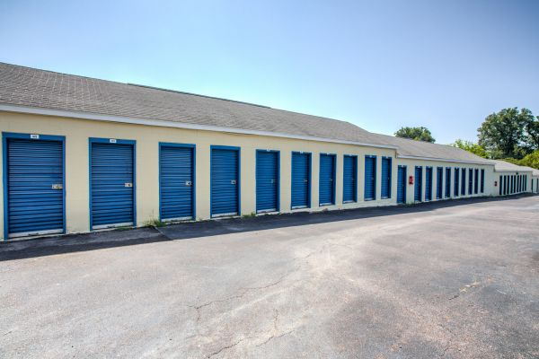 Simply Self Storage - Memphis, TN - Watkins St 3969 North Watkins Street Memphis, TN - Photo 1