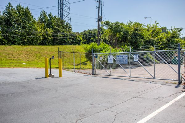 Simply Self Storage - Memphis, TN - Watkins St 3969 North Watkins Street Memphis, TN - Photo 2