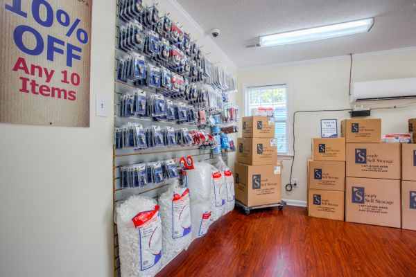 Simply Self Storage - Memphis, TN - Watkins St 3969 North Watkins Street Memphis, TN - Photo 4