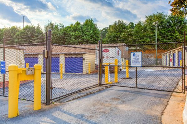 Simply Self Storage - 2804 H F Shepherd Drive - Panthersville 2804 H F Shepherd Drive Decatur, GA - Photo 4
