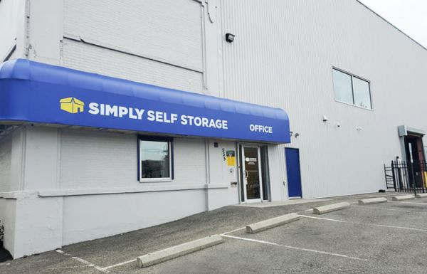 Simply Self Storage - 555 North Olden Avenue - Trenton 555 North Olden Avenue Trenton, NJ - Photo 0