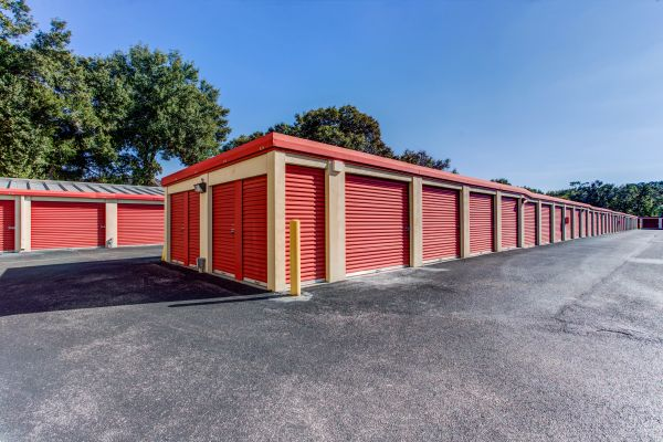 Simply Self Storage - 1035 Starwood Avenue 1035 Starwood Ave Valrico, FL - Photo 5