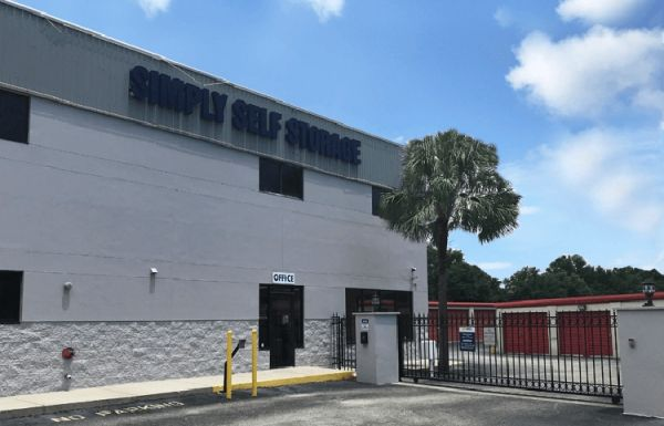 Simply Self Storage - 1035 Starwood Avenue 1035 Starwood Ave Valrico, FL - Photo 1