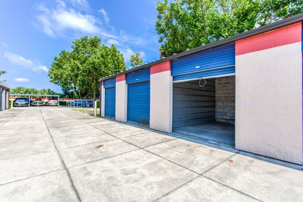 Simply Self Storage - 510 Douglas Avenue - Altamonte Springs 510 Douglas Ave Altamonte Springs, FL - Photo 8