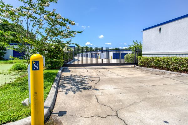 Simply Self Storage - Sanford, FL - FL-46 4051 West State Road 46 Sanford, FL - Photo 5