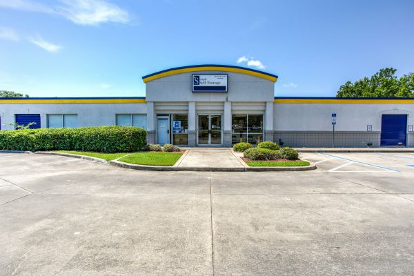 Simply Self Storage - Sanford, FL - FL-46 4051 West State Road 46 Sanford, FL - Photo 0