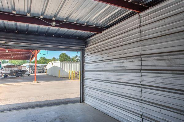 Simply Self Storage - 6714 Winchester Pointe Cove - Memphis 6714 Winchester Pointe Cove Memphis, TN - Photo 3