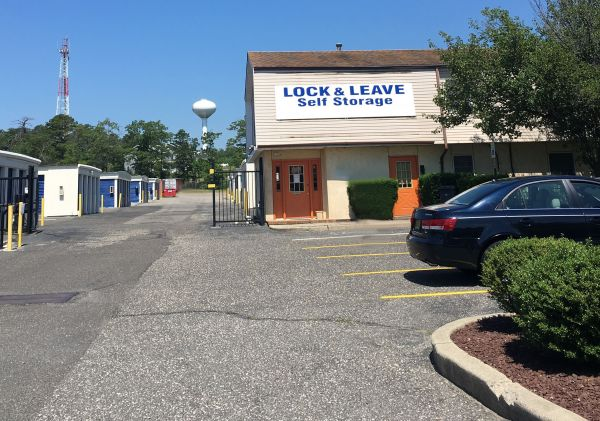 Lock and Leave Self Storage 800 N Main St Manahawkin, NJ - Photo 2