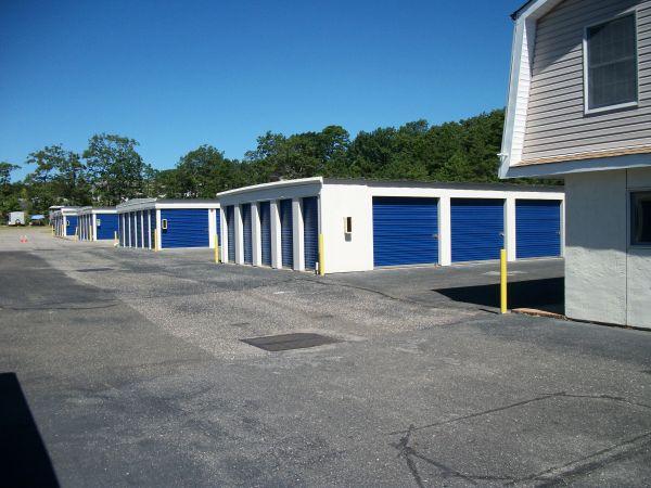 Lock and Leave Self Storage 800 N Main St Manahawkin, NJ - Photo 8