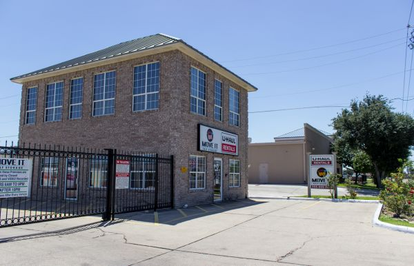 Move It Self Storage - McAllen 2101 Industrial Drive Mcallen, TX - Photo 0