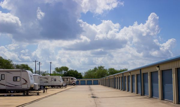 Move It Self Storage - San Benito 1770 W EXPRESSWAY 77/83 SAN BENITO, TX - Photo 3