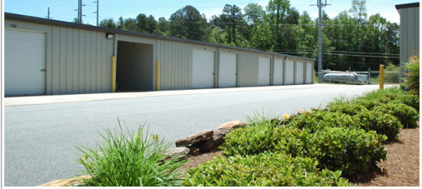 Kembricks Storage 3288 B C Grant Road Cornelia, GA - Photo 1