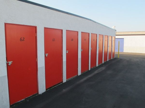 SuperStorage - Annex 433 Plymouth Drive Vista, CA - Photo 3