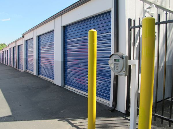 SuperStorage - Paso (24th St) 827 24th Street Paso Robles, CA - Photo 0