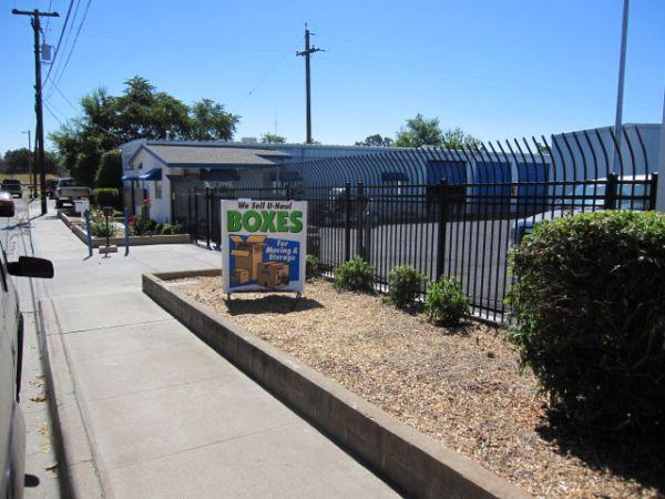 SuperStorage - Paso Robles 28th St 820 28th Street Paso Robles, CA - Photo 6