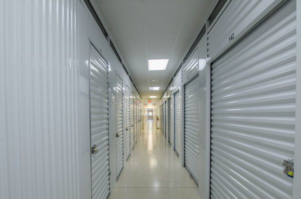 100 Oaks Self Storage 4320 Kenilwood Drive Nashville, TN - Photo 5