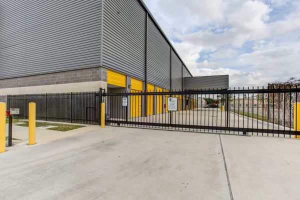 Simply Self Storage - Clear Lake, TX - Bay Area Blvd 650 Bay Area Boulevard Houston, TX - Photo 1