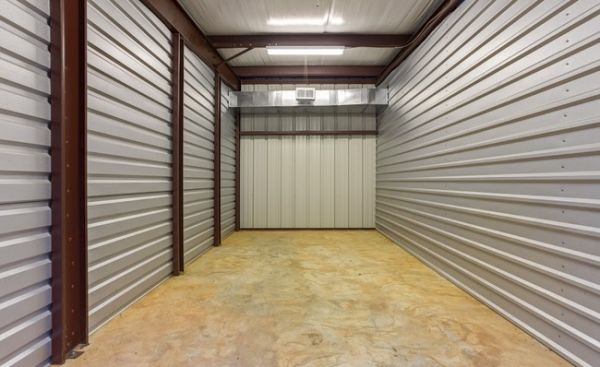 ... Mandeville Self Storage2425 Florida Street   Mandeville, LA   Photo 3  ...