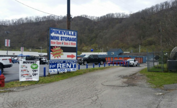 ... Pikeville Mini Storage278 South Mayo Trail   Pikeville, KY   Photo 2 ...