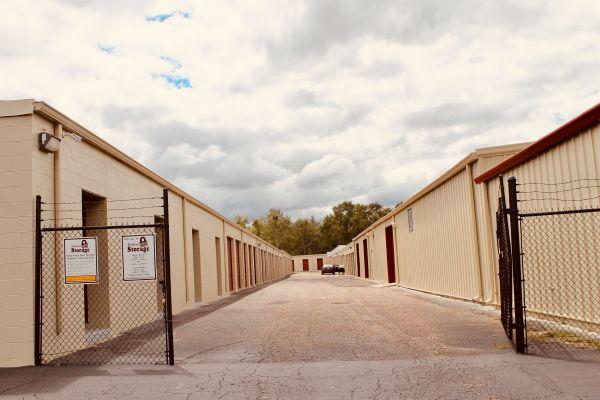 Dothan Lock Storage 510 Bic Road Dothan, AL - Photo 21