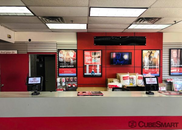 CubeSmart Self Storage - Brooklyn - 2207 Albemarle Road 2207 Albemarle Road Brooklyn, NY - Photo 7