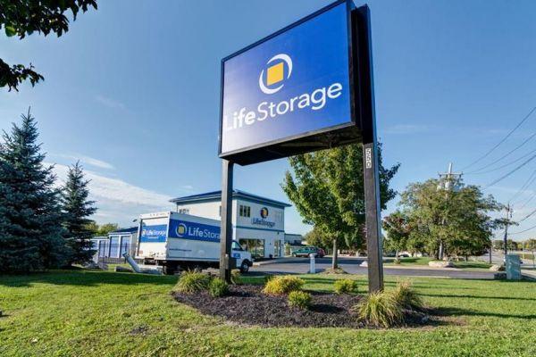 Life Storage - Buffalo - Cayuga Road 550 Cayuga Road Buffalo, NY - Photo 6