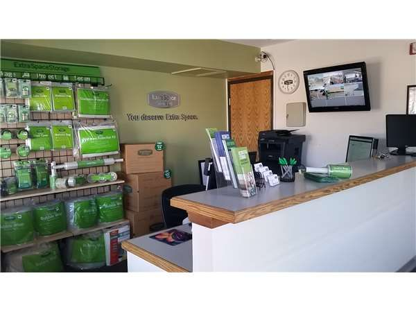 Extra Space Storage - Denver - 14750 E 40th Ave 14750 East 40th Avenue Denver, CO - Photo 3