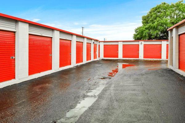 US Storage Centers - Tampa 1108 Skipper Road Tampa, FL - Photo 3