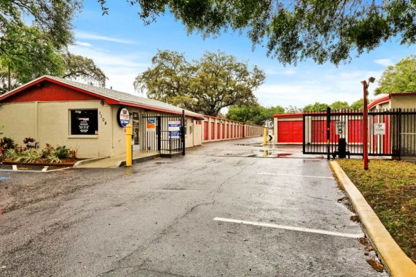 US Storage Centers - Tampa 1108 Skipper Road Tampa, FL - Photo 7